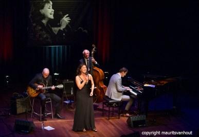 Den Haag, 10 oktober 2015. Het Peter Beets Trio brengt samen met Fay Claassen een ode aan Rita Reys.