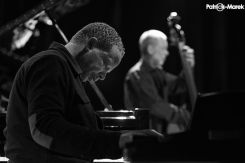 Dave Holland, Kevin Eubanks, Craig Taborn and Eric Harland 4