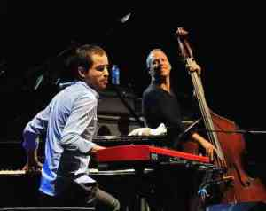17665_avishai-cohen-at-san-javier-jazz_2_large