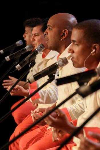 s_Vocal_Sampling_live_Credit_Yvan_Padron_2_HR