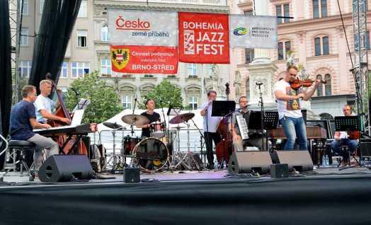 AMC Trio a Ľudová hudba Stana Baláža (SK)