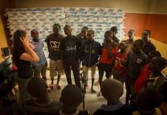 Heartcore_for_Africa_Michaela_Bóková_Teaching_the_song_photo_Elena_Berto