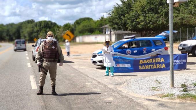 EUNÁPOLIS – PM intensifica ações na BR 367 para coibir Coronavírus