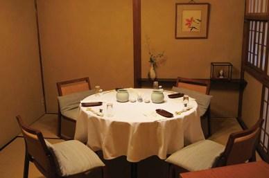 和モダンテイストを取り入れたテーブルの個室
