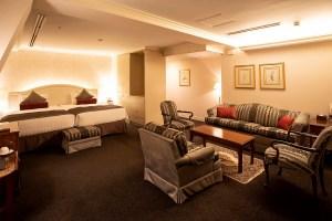<span>兵庫県 / 高級旅館・ホテル</span><span>神戸北野ホテル</span>ご宿泊のお客様にロングステイサービス!<span>使用期限:2019/12/1~2020/8/31</span><span>事前予約:不要</span>
