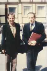 Frère Robert Giscard, maître de chapelle de la communauté de Taizé, et Jacques Berthier