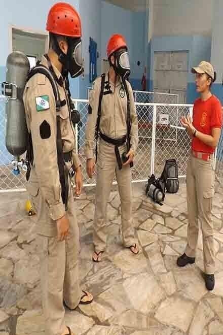 8º Grupamento de Bombeiros realiza instrução de mergulho de Emergência com EPR 1