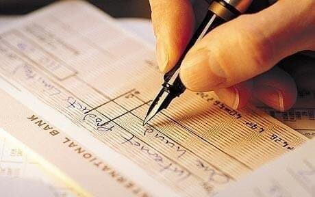 Taxas do cheque especial e empréstimo pessoal voltam a subir, diz Procon 1