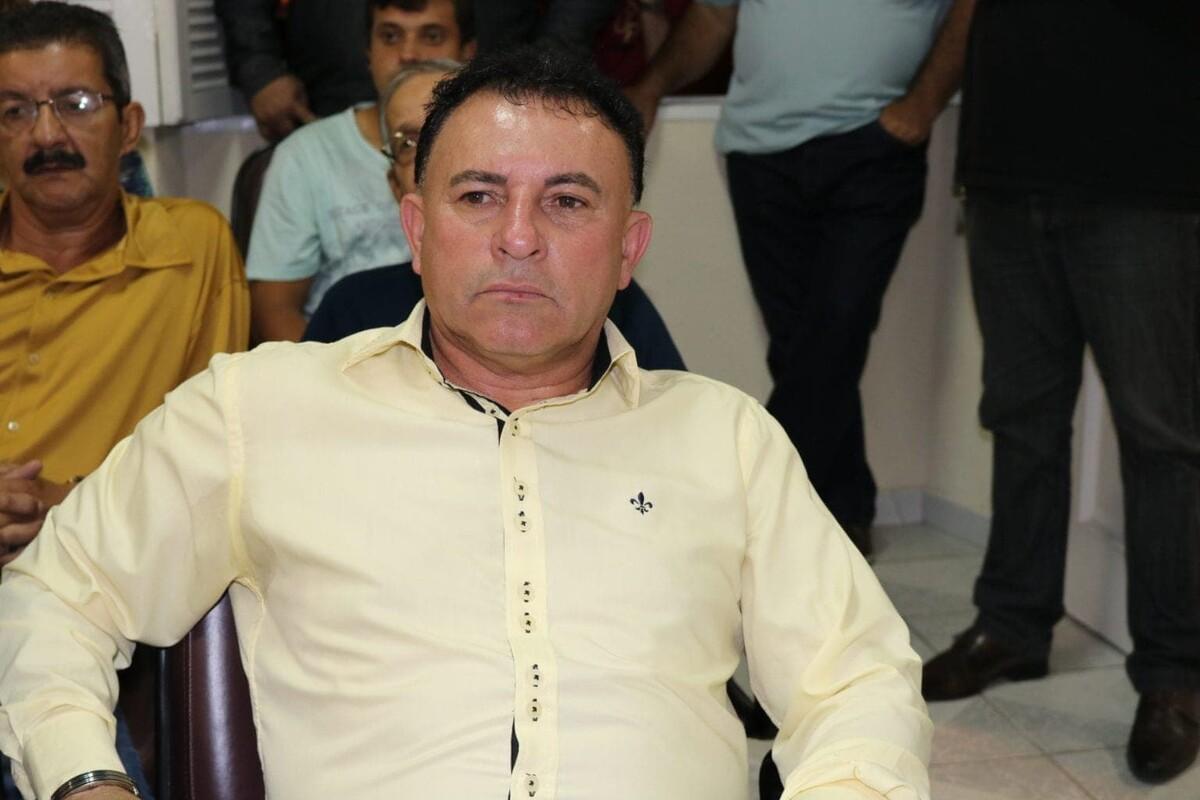 Justiça bloqueia bens de prefeito de Morretes em investigação por fraude em dispensa de licitação