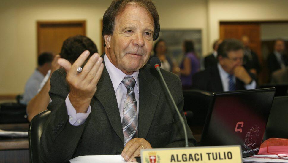 Algaci Tulio morre aos 80 anos vítima de Covid-19 1