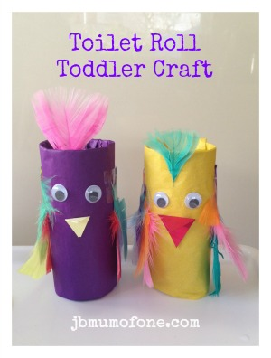 Toilet roll crafts: parrots