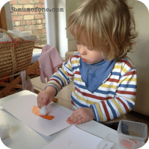 Toddler Fun: Cotton wool painting