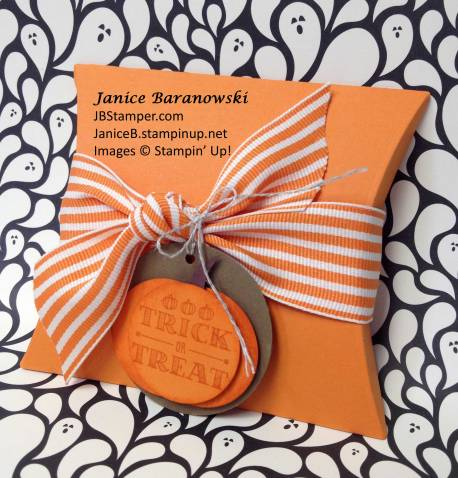 HalloweenPillowTreat-JBStamper