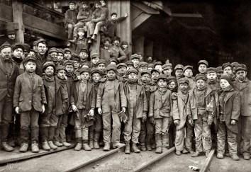 1910-breaker-boys
