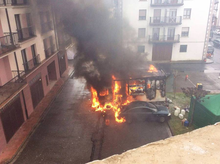 camion-arde-1