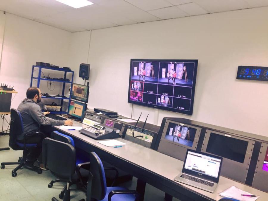 La sala de control de realización durante el evento (foto del perfil del CPA en Facebook)