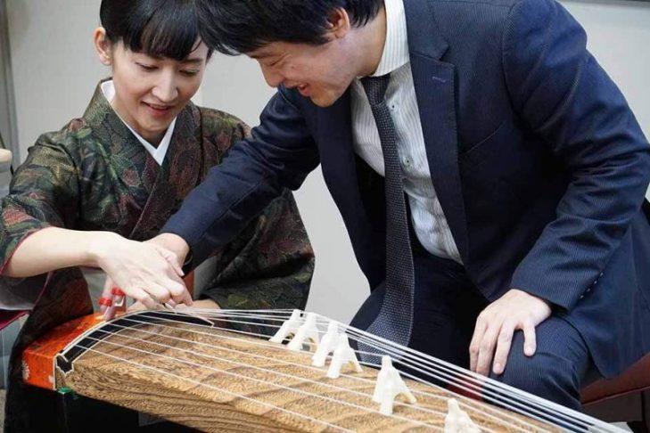 生田流箏曲師範による「日本伝統音楽を愉しむ」講演会