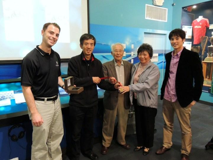 shima family receives medal