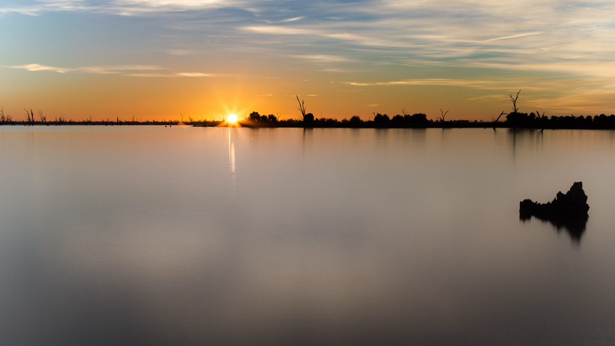 Sunrise at Lake Mulwala