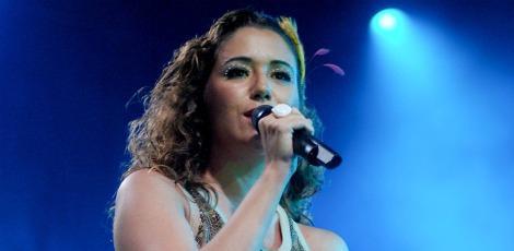 Maria Rita apresenta seus maiores sucessos neste sábado (16), no Teatro Guararapes /