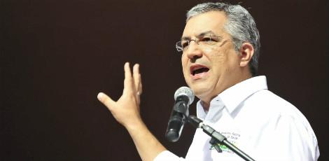 Ministro da Saúde, Alexandre Padilha, comemora os números / Foto: Agência Brasil