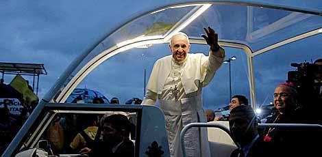 O Papa Francisco em visita ao Brasil, no Rio de Janeiro, em julho de 2013 / Edmar Melo/JC Imagem