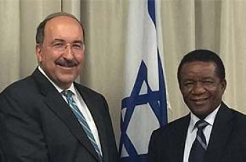 """השגריר גולד נועד עם מנכ""""ל משרד החוץ של דרום אפריקה"""