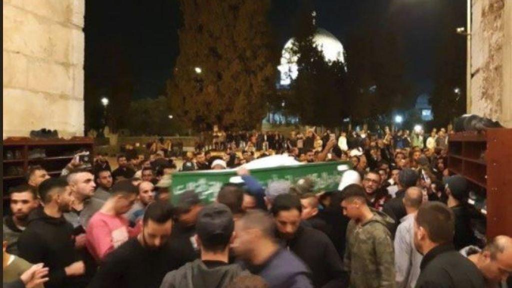 החרם החברתי על מוכרי הקרקעות: הפלס' מנעו הכנסת ארון קבורה למסגד