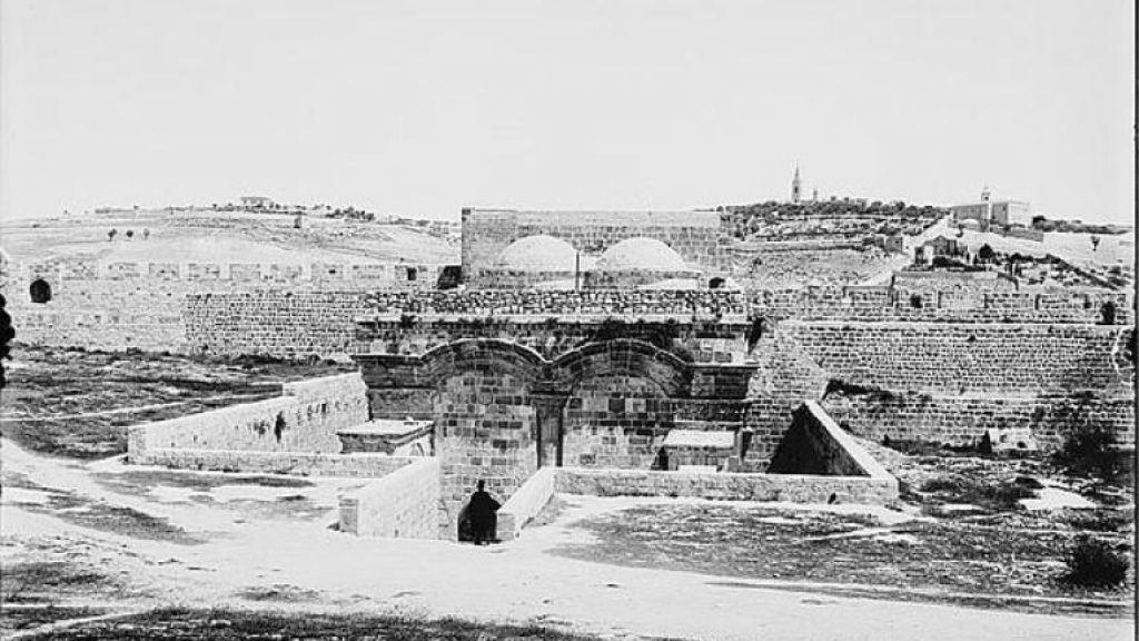 ההיסטוריה של שער הרחמים