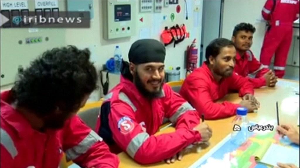 איראן הודיעה ישוחררו מספר חברי צוות המכלית הבריטית