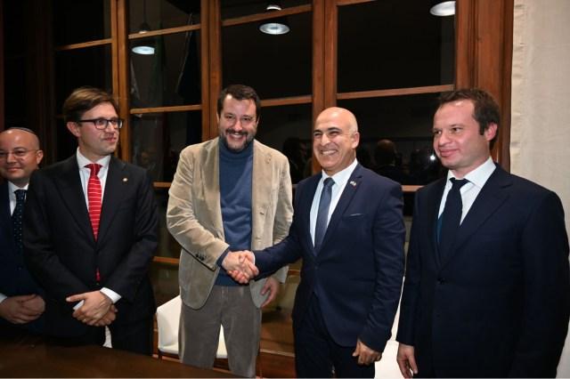 אירוע גדול - השגריר דרור אידר ואורחי הכבוד האיטלקים . מימין קונסול הכבוד החדש