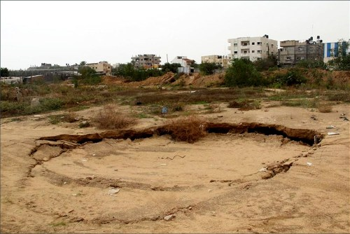 Gaza sink-hole near Rafah, along the Egyptian border (International Solidarity Movement)