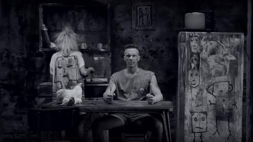 Die Antwoord - I Fink U Freeky  (Screenshot: YouTube)