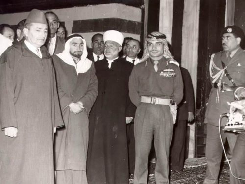 Sheikh Muhammad Ali Jabari (in white turban) and King Hussein (in uniform)