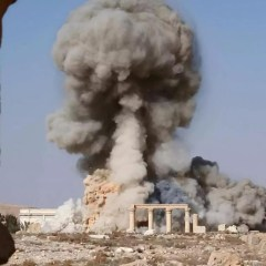Isis destroys tetrapylon monument in Palmyra