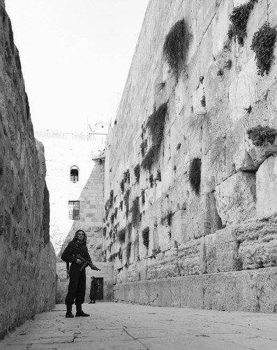 Jordanian soldier at the Western Wall, 1948.