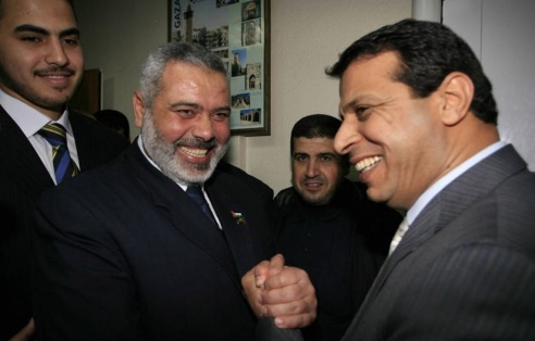 Hamas leader Ismail Haniyeh (left) and Mohammed Dahlan in 2014.