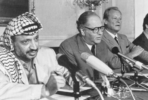 Yasser Arafat (left), Bruno Kreisky (center) and Willy Brandt
