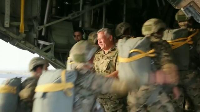 King Abdullah II participates in a parachute training