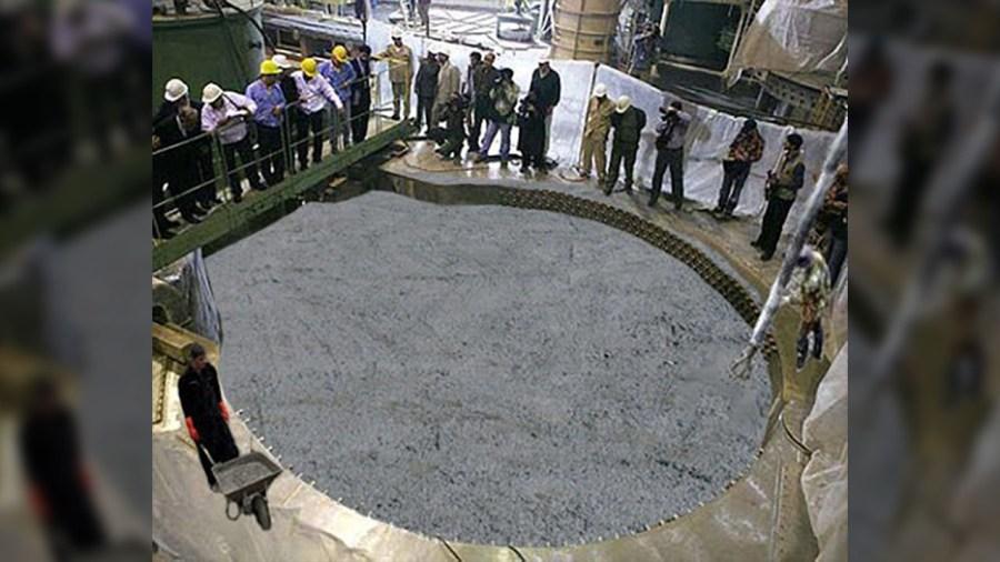 פקיד איראני מודה ששוכב על מילוי הכור של ערק פלוטוניום במלט