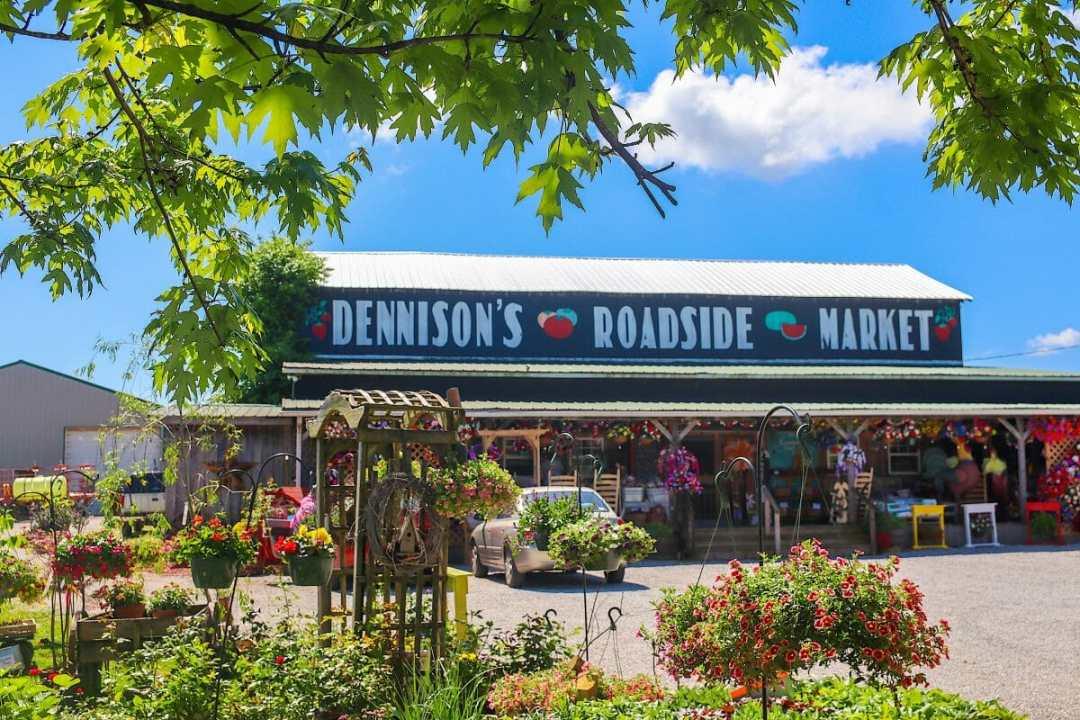 Dennison's Roadside Market in Horse Cave, KY