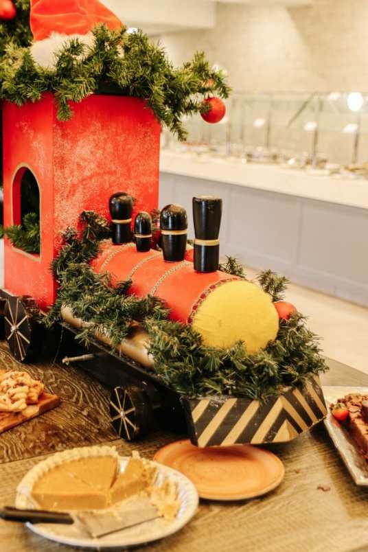 Brunch With Santa At Walker's Exchange In The Galt House Hotel by JC Phelps of JCP Eats, A Kentucky-based Food, Travel, and Lifestyle Blog