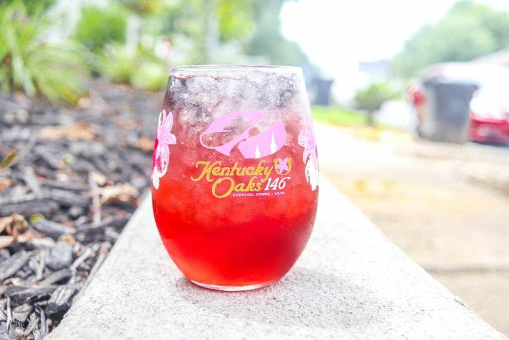 How To Make a 2020 Kentucky Oaks Lily Cocktail
