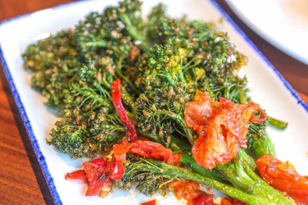 Swizzle Dinner & Drinks, Downtown Louisville Restaurant: Broccolini