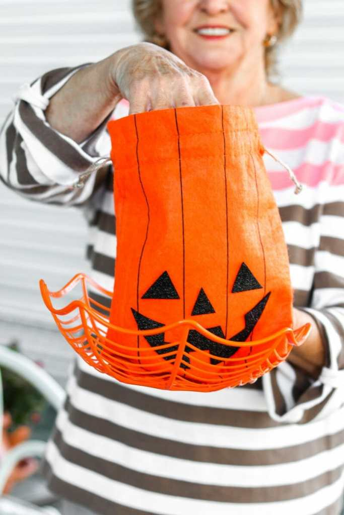 Cheap Halloween Candy Bag Ideas