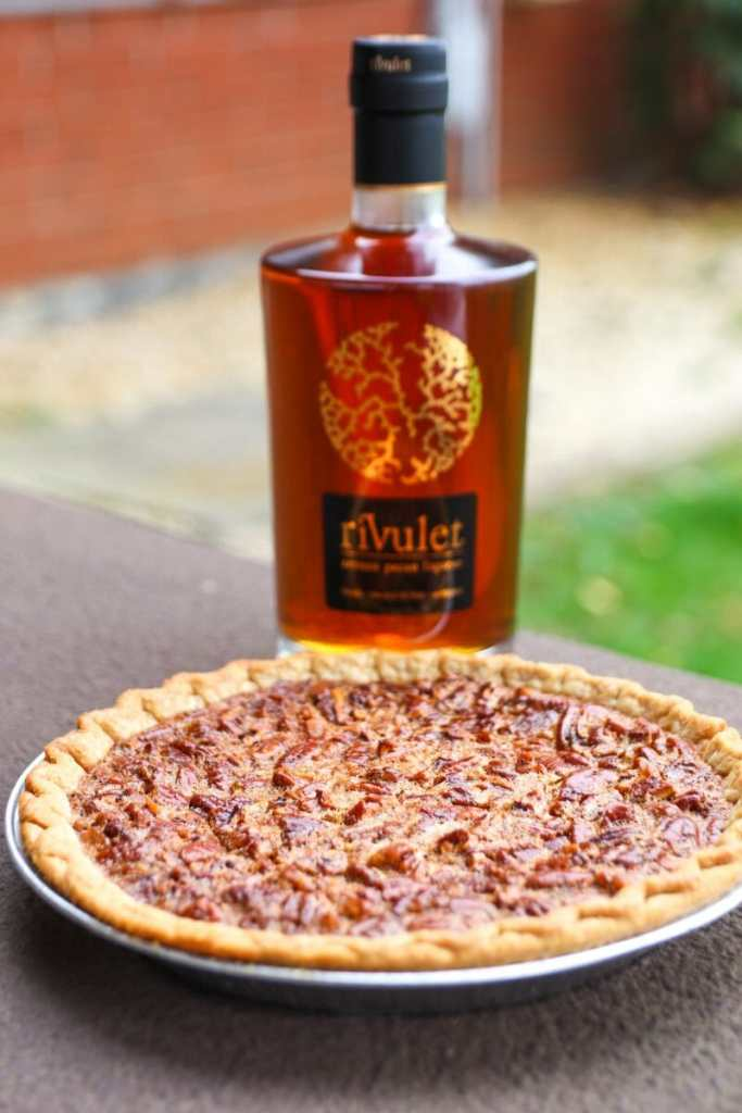 Granny's Southern Pecan Pie With Rivulet
