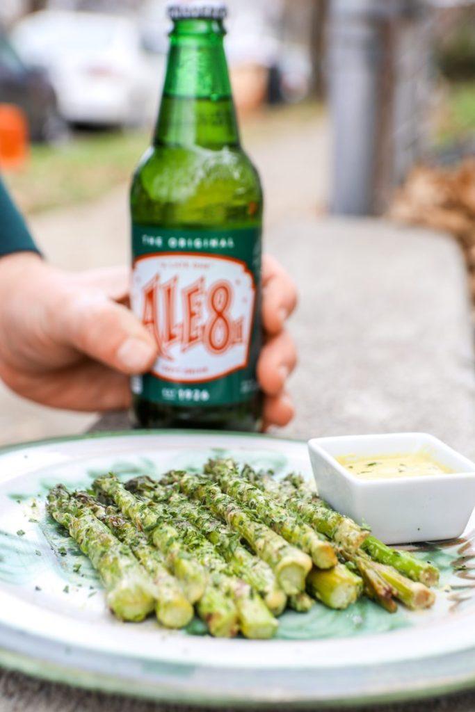 Roasted Asparagus With Hollandaise Sauce