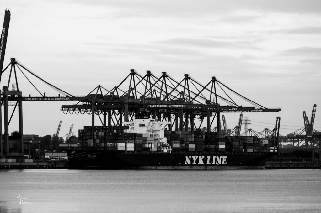 Faces of Hamburg – Container terminal