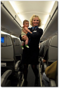 flight attendant child safety system flying with kids