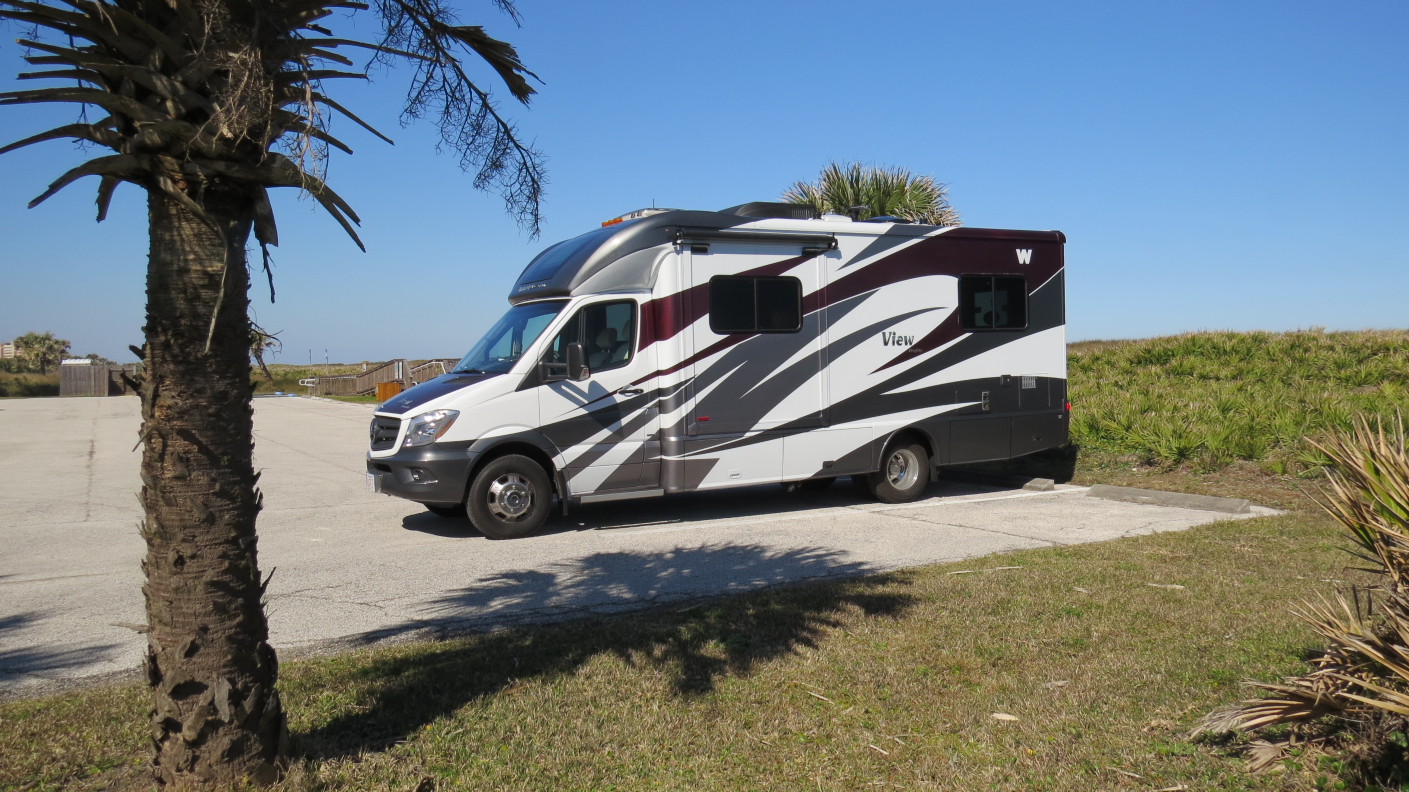 Small class c rv models quotes - I Ll Give The Specs Below But I Think It S Still Small Has The Floor Plan We Liked Built On A Very Reliable